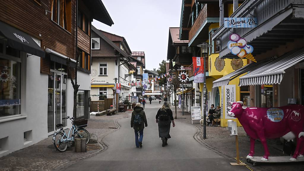 Fast menschenleer: die normalerweise mit Wintertouristen gefüllten Gassen von Oberstdorf
