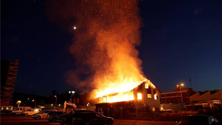 Brand Im Goldschlägi Quartier War Es Sogar Brandstiftung Region