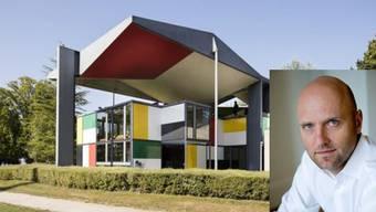 Das Corbusier-Haus an der Blatterwiese beim Zürichsee. Die Staatsanwaltschaft muss nun gegen den Stadtzürcher Kulturchef Peter Haerle (im Bild) ermitteln.