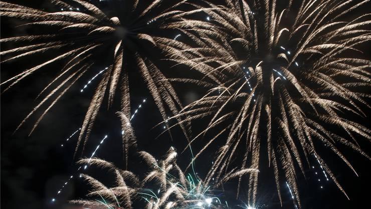 Feuerwerk am Nachthimmel - das wirkt sich auf die Luftqualität aus.