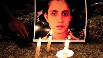In London wurde für die gestorbene Krankenschwester eine Messe abgehalten