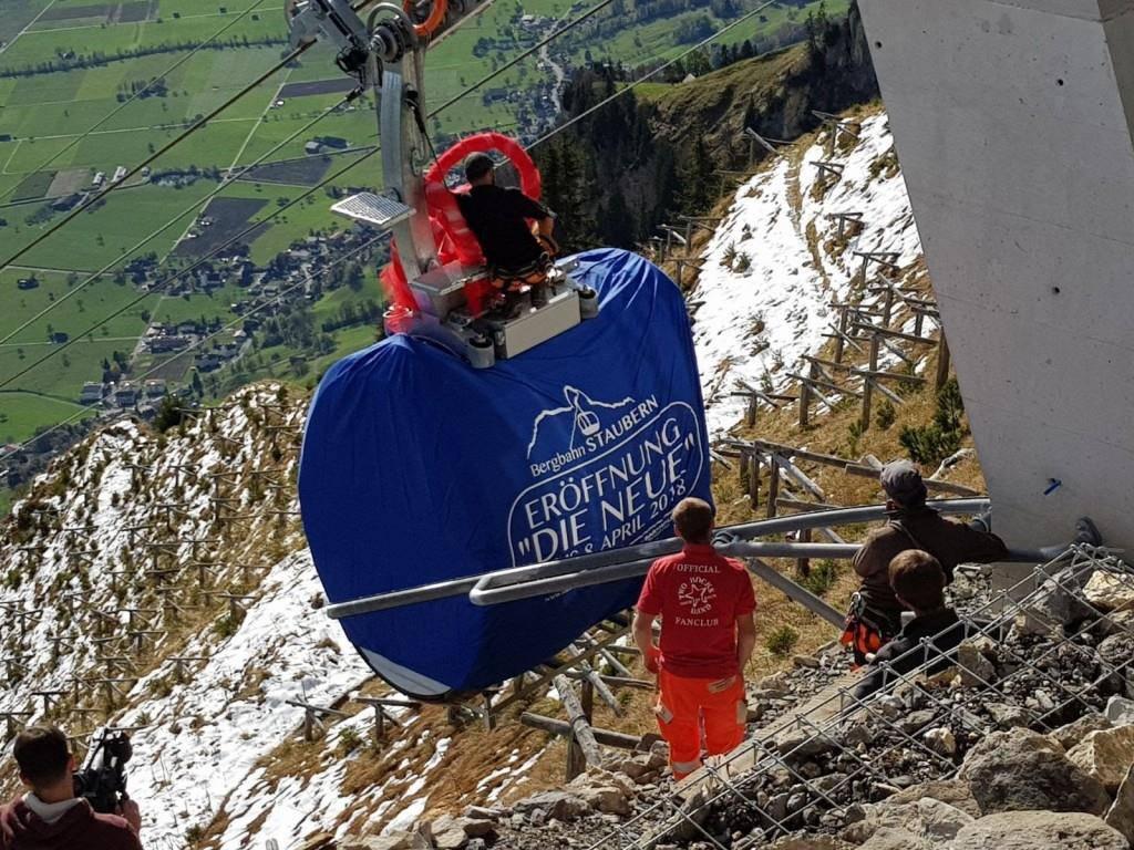 Im April 2018 wurde die mit Solarkraft betriebene Bergbahn feierlich eingeweiht. (© Tagblatt)