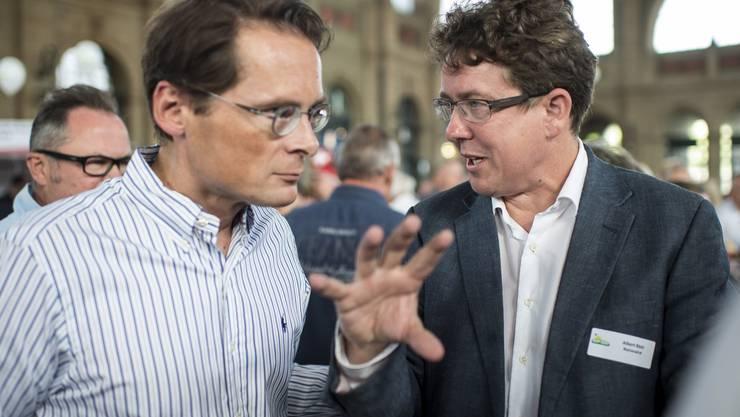 Albert Rösti (r.) mit Weltwoche-Chef und SVP-Nationalrat Roger Köppel.