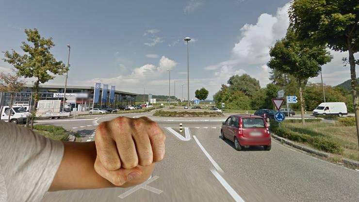 Nachdem er den Vortritt im Kreisel missachtet hatte, bedrohte und beschimpfte ein Autofahrer eine korrekt fahrende Verkehrsteilnehmerin.