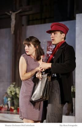 Natalina Muggli als Gina und Matthias Schoch als Mariolino