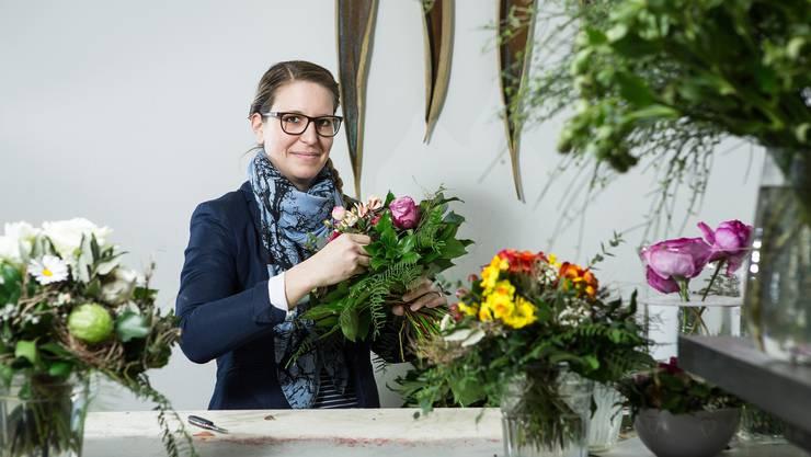 Valerie Dietiker Schumacher führt seit bald zehn Jahren einen Blumen-Laden in der Rathausgasse in Lenzburg