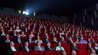 Das Publikum im Trafokino lässt den neuen Film über Baden auf sich wirken