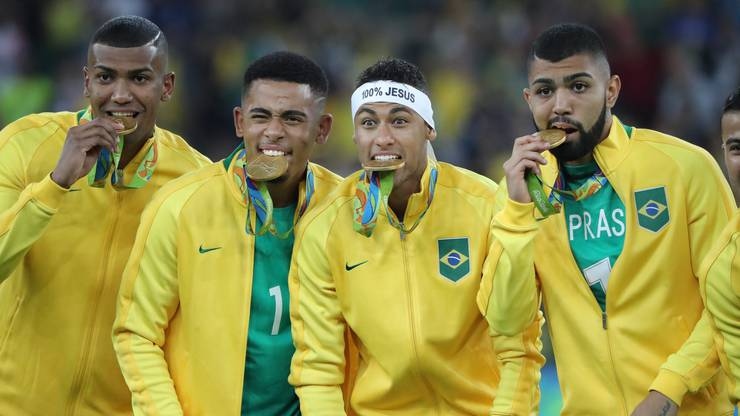 Brasiliens Fussballer gewinnen Gold.