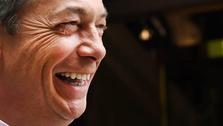 Parteichef Nigel Farage ist zufrieden mit dem Sieg seiner Brexit-Partei bei der Europawahl - und will künftig bei Brexit-Gesprächen mitreden.