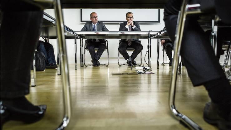 Die WSB-Führung erklärt sich: Mathias Grünenfelder und Kaspar Hemmeler bei der Medienkonferenz. Chris Iseli