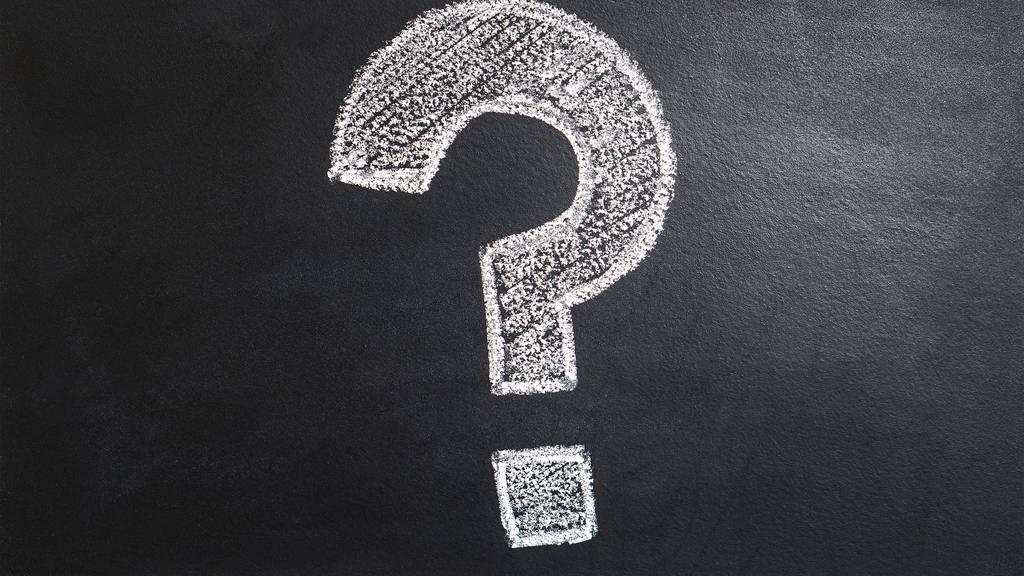 Welche Frage brennt dir schon lange auf der Zunge?