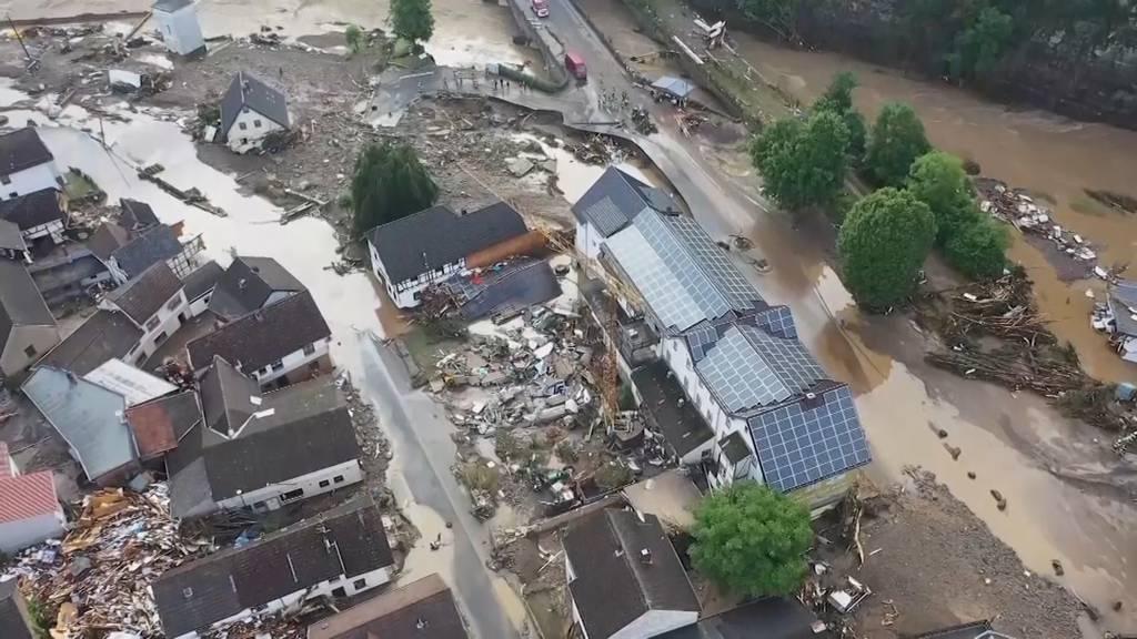 Eingestürzte Häuser, überflutete Strassen: Mindestens 42 Tote bei Unwettern in Deutschland