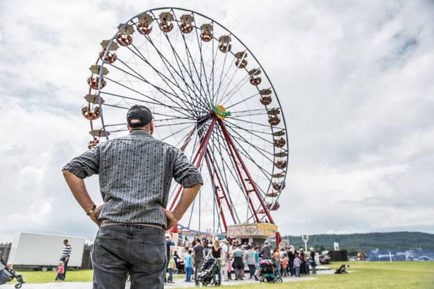 Das Riesenrad war die grosse Attraktion am Fest.