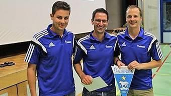 Von links nach rechts: Daniel Wiedmann (neuer Präsident), Remo Kissling (alter Präsident), Sandro Otter (Leiter Finanzen)