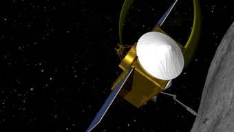 Die 2016 gestartete Raumsonde Osiris-Rex der Nasa soll auf einem Asteroiden Staubproben sammeln. (Computerbild/Archiv)