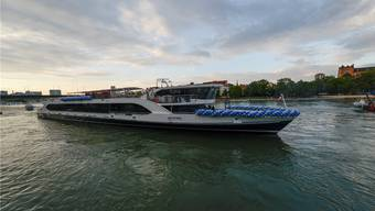 Die BPG erhält ein Darlehn von zwei Millionen Franken um den Konkurs abzuwenden. Zur BPG-Flotte gehören der Rhystärn (Bild), MS Baslerdybli und MS Christoph Merian.