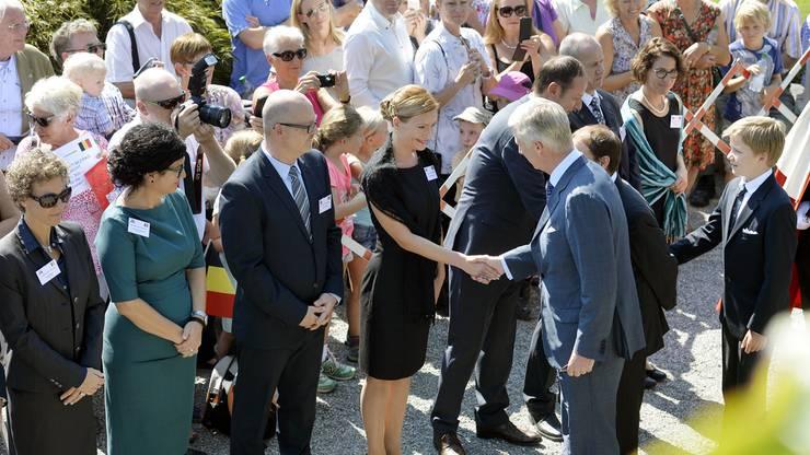 Der belgische König war schon mehrmals in der Schweiz. Anlässlich eines Privatbesuches, besuchte er 2015 das «Königin Astrid Memorial» in Küssnacht SZ. Dort gedachte er seiner Grossmutter Königin Astrid, die 1935 bei einem Verkehrsunfall in der Schweiz ums Leben kam.