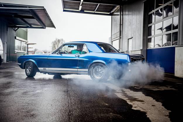 z.B. ein Ford Mustang