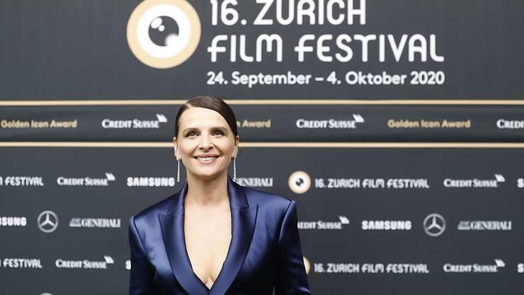 Juliette Binoche zur Preisverleihung in Zürich.