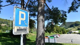 In Wisen wird Dauerparkieren künftig kostenpflichtig.