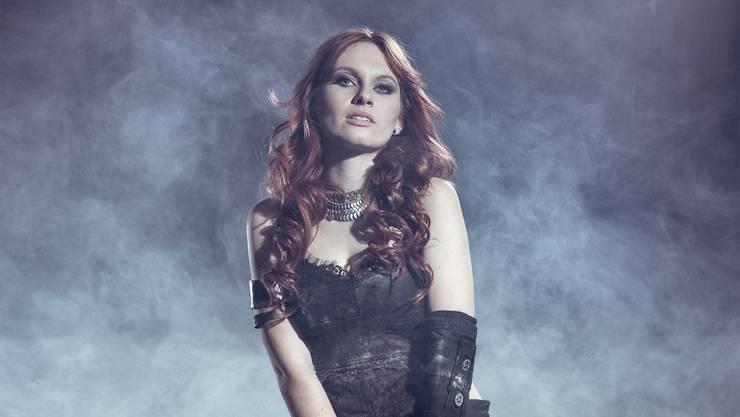 Die leidenschaftliche Sängerin Fabienne Erni ist die neue Frau bei Eluveitie.
