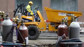 Die Zahl der Baustellen in Basel-Stadt und die Dauer der Arbeiten werden in der Öffentlichkeit oft kritisiert.