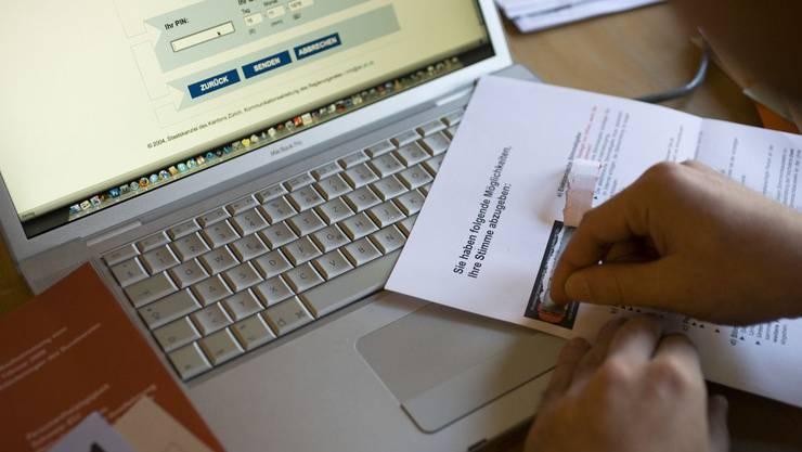Computer statt Urne: E-Voting hat für Zürich keine Priorität mehr.