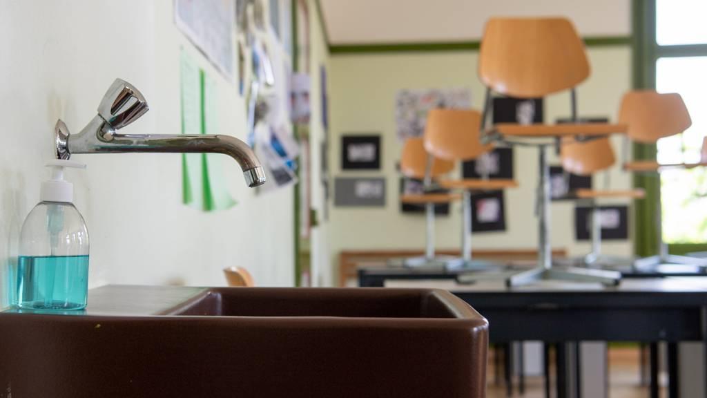 Nach Coronafällen in Sekundarschulen: Über 400 Personen in Quarantäne