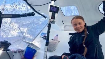 "Greta Thunberg an Bord der Rennjacht ""Malizia"". (Bild: EPA/Keystone"