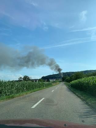 Brand in Veltheim (aufgenommen auf der Strasse zwischen Villnachern und Veltheim)