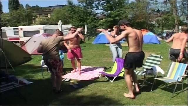 Invasion der Raver im Campingplatz