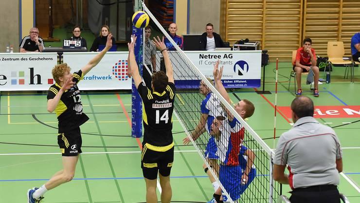 Der TV Schönenwerd gerät gegen Volley Näffels in Rücklage.