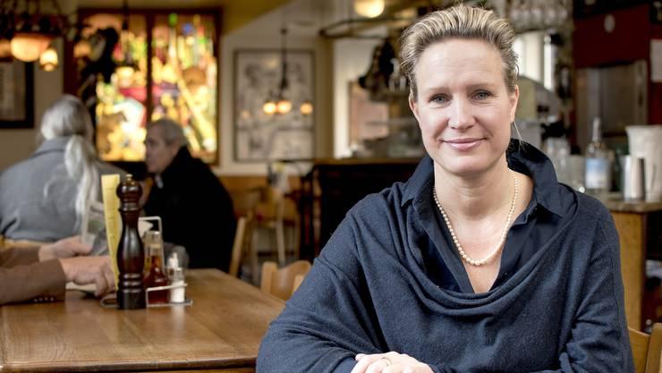 Für die «Harmonie»-Gäste ist die gebürtige Schwedin Anna Götenstedt eineErsatzmutter, die in ihrer Stube alle willkommen heisst.