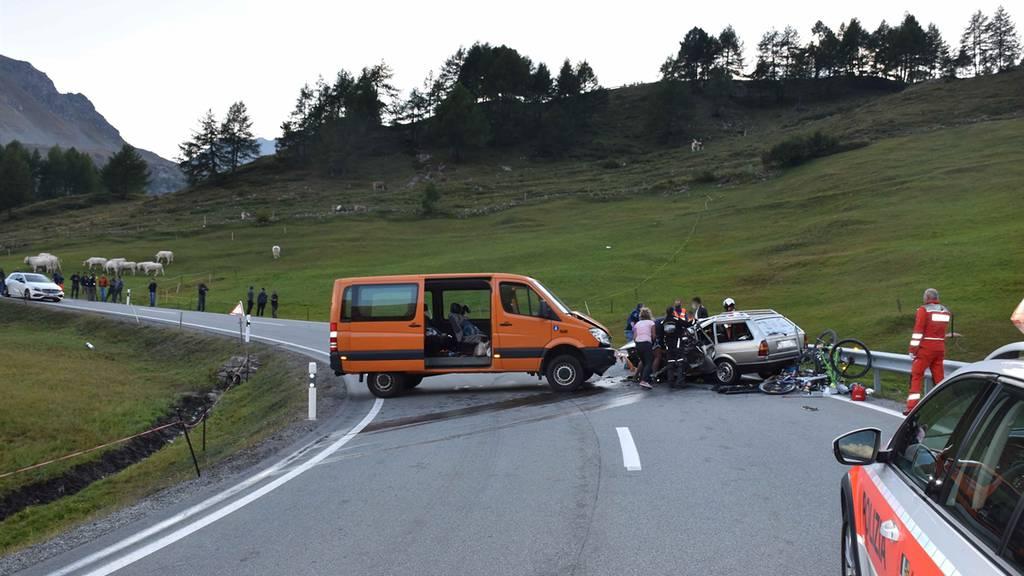 Der Unfall ereignete sich auf der Bernina-Passstrasse.