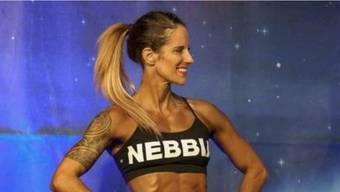 Andrea Haller beim Auftritt als «Sport Model». «Unheimlich stolz» war die Seetaler Bodybuilderin. Andrea Haller bei der Siegerehrung.