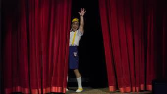 Damals war die Zirkuswelt noch in Ordnung: Ein Clown verabschiedet sich 2017 bis zur nächsten Vorstellung.