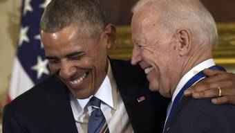 Der damalige US-Präsident Obama (links) mit seinem Vize Biden im Weissen Haus (Aufnahme vom Januar 2017).