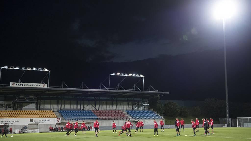 Die albanischen Fans werden den Rheinpark in einen Hexenkessel verwandeln.