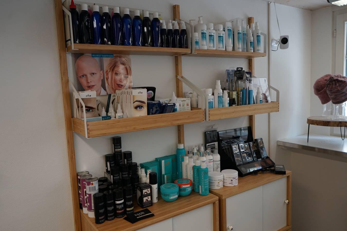Speziell an ihrem Shop ist, dass die Produkte von Betroffenen getestet, zusammengestellt und weitgehend in der Region produziert werden. (© FM1Today)