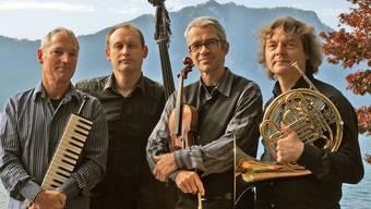Pago Libre. Von links: Pianist und Komponist John Wolf Brennan, Tom Götze (Kontrabass), Florian Mayer (Violine) und der Horn-Virtuose Arkady Shilkloper.