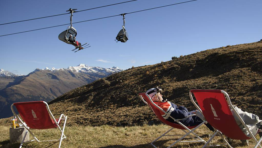 Der Klimawandel macht sich insbesondere in den Bergebieten bemerkbar. Davos möchte einen grossen Schritt in Richtung nachhaltigem Tourismus machen und lanciert einen Klimafonds. (Archivbild)