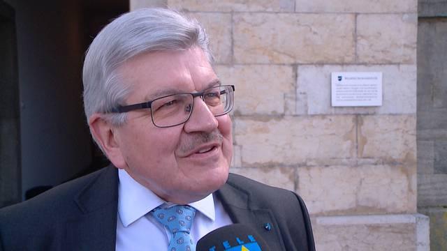 Folgen jetzt Steuererhöhungen? Finanzdirektor Roland Brogli sinniert nach dem Nein zum Sparpaket bereits über neue Lösungen.