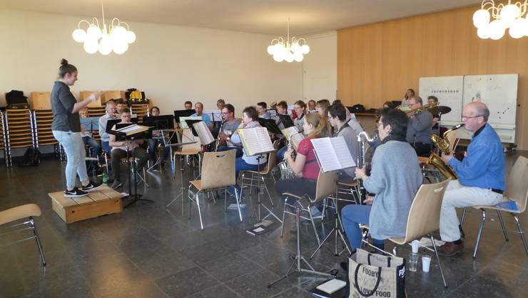Spielgemeinschaft in der Aula Dulliken 2019!
