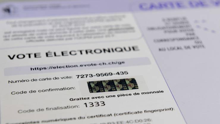 Der Kanton Genf stellt sein E-Voting-System auf Ende Februar 2020 ein. Die Entscheidung wurde nach Angaben des Staatsrats aus finanziellen Gründen getroffen und nicht wegen Sicherheitsproblemen. (Archiv)