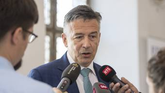 Der Nidwaldner Freisinnige Hans Wicki will vom Ständerat in den Bundesrat wechseln. Der 54-Jährige hat seine Kandidatur heute bekannt gegeben.