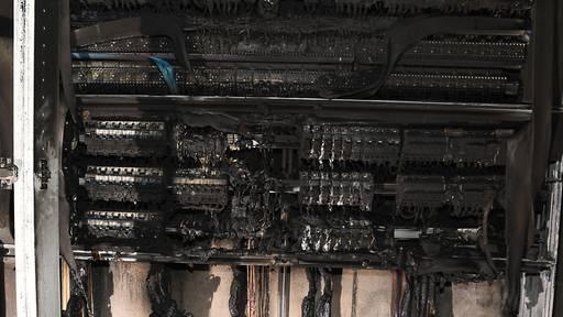 Brand im Elektrohauptverteiler: Mehrere Wohnungen unbewohnbar