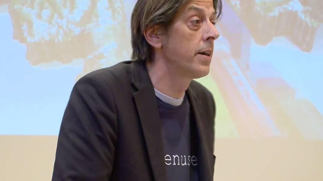 Pedro Lenz hat den Röhrenblues: Der Schriftsteller kämpft gegen eine zweite Röhre am Gotthard.
