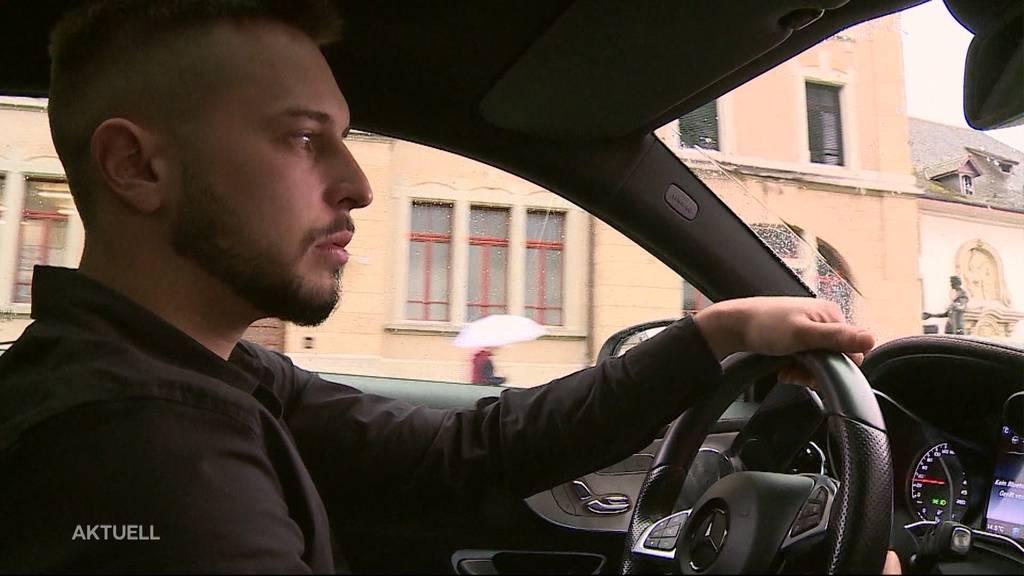 Ein «Autoposer» steht wegen seiner Lärmfahrt vor Gericht