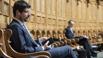Wollte mit keinen Journalisten mehr sprechen Yannick Buttet gestern im Nationalratssaal.