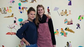 Die Gewinner von links nach rechts: Cora Meyer und Annina Burkhard vom Kollektiv «Balsam»